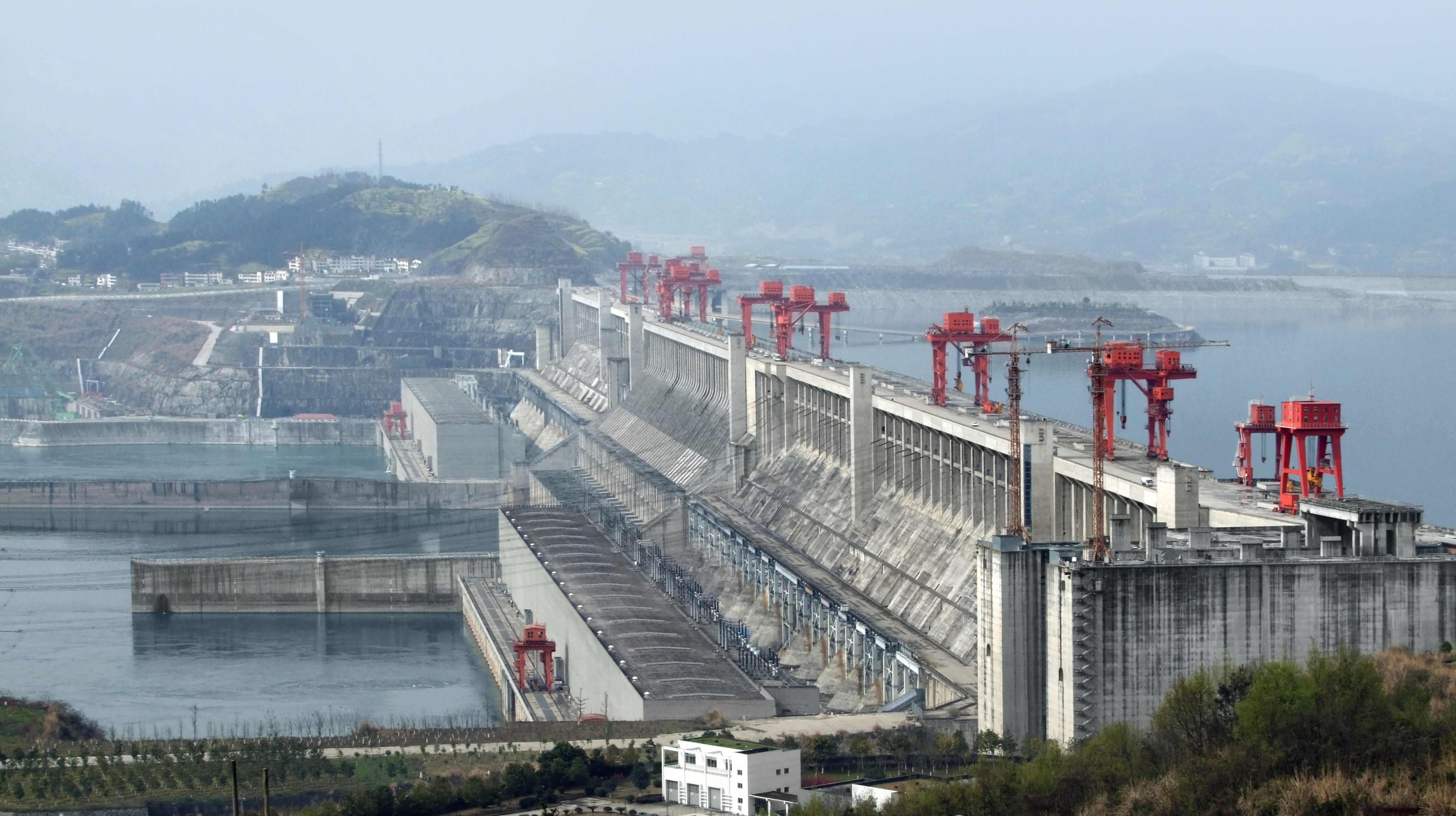 Three gorges dam project china s biggest project since the great wall - 1 2 3