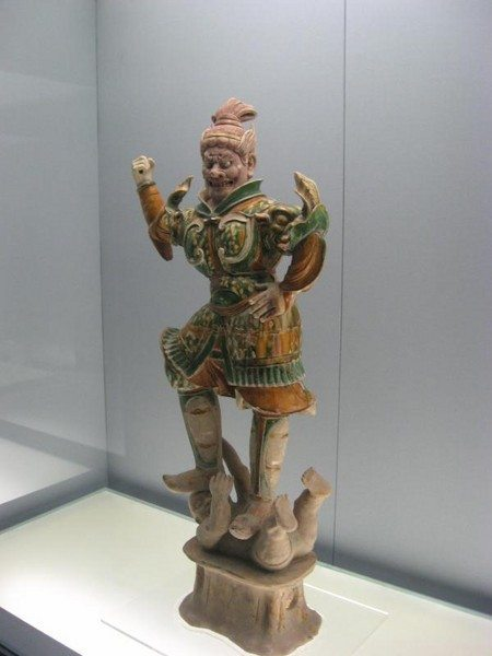 Buddhist statue in Shanghai museum - Visit China