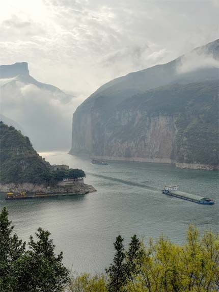 15 Days Magnificent Yangtze Cruise Tour with Bullet Train