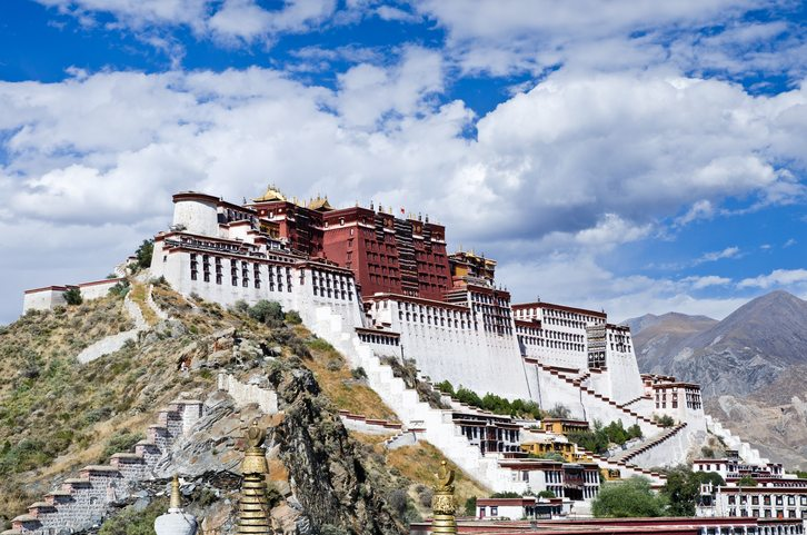 Classic view of the Potala Palace in Lhasa, Tibet - Tibet Travel