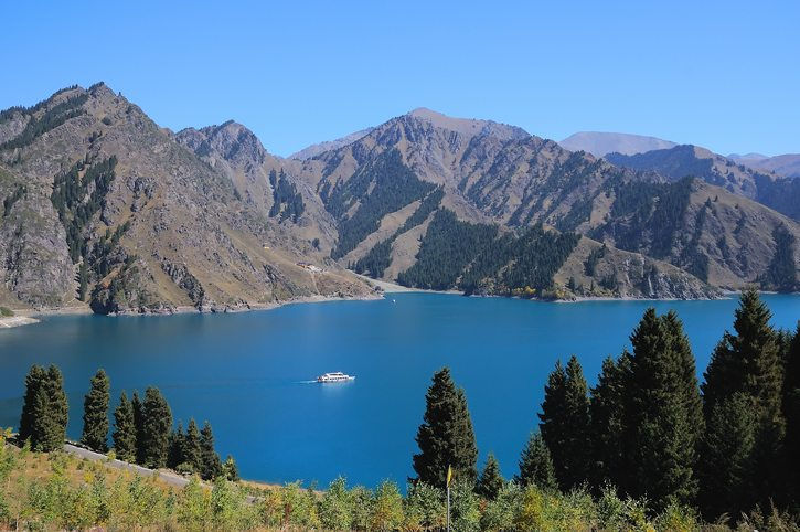 Heavenly Lake in Tianshan Tianchi National Park - China Travel